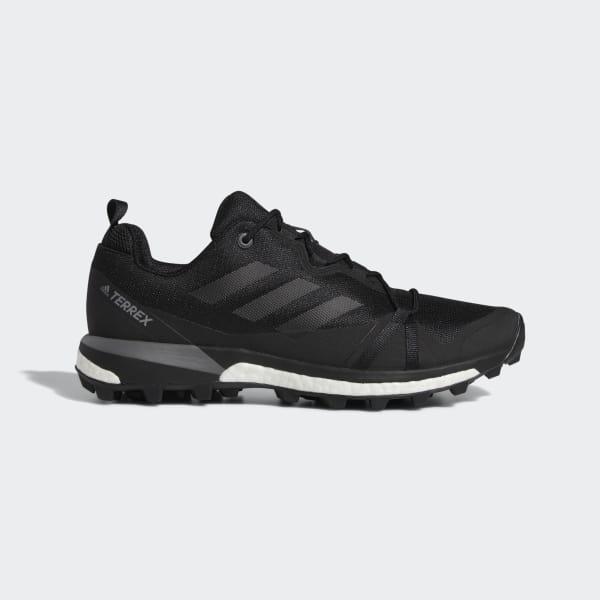 Adidas Men/'s Outdoor Terrex Skychaser Carbon//Black//White Shoes CQ1739