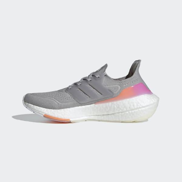 https://assets.adidas.com/images/w_600,f_auto,q_auto/d3adb2e3434d4ba7831fac92009b7e67_9366/Ultraboost_21_Shoes_Grey_FY0397_06_standard.jpg