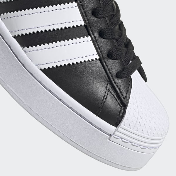 Scarpe Superstar Bold nere e bianche da donna | adidas Italia