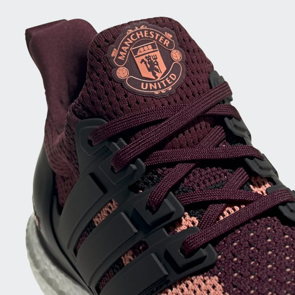 Ultraboost DNA x Manchester United Shoes