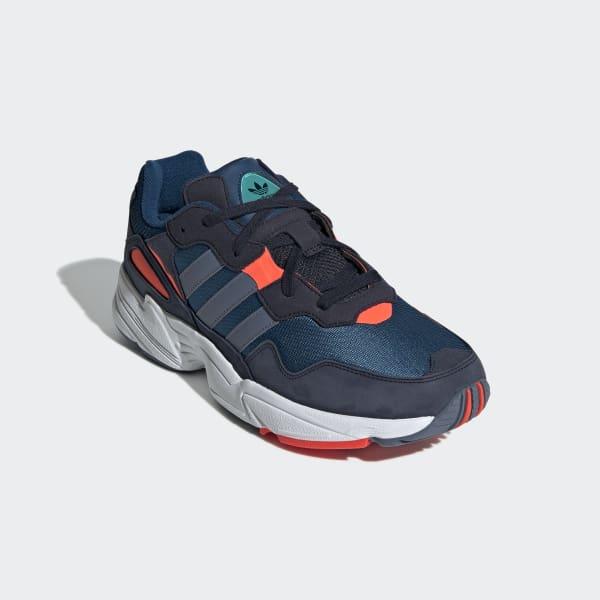 Sapatos Yung