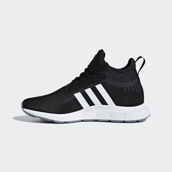 qUINT Sneaks Adidas Swift Run Barrier