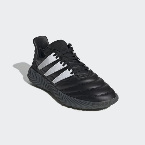 adidas nere in pelle