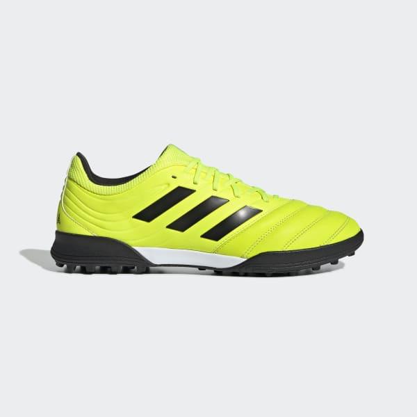 chaussure turf adidas