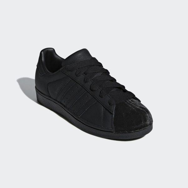 adidas negro superstar