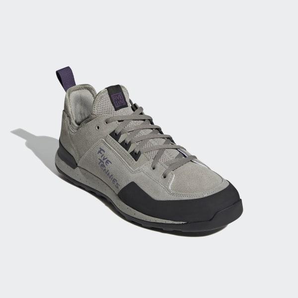 schoenen like adidas five tennie
