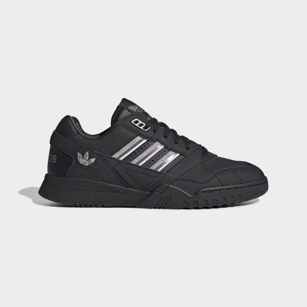 scarpe trainer adidas nere