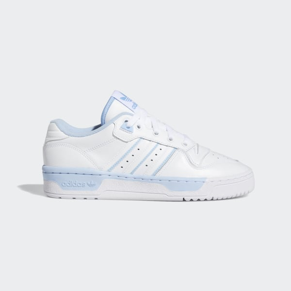 Hvide lave sneakers fra adidas Originals Rivalry
