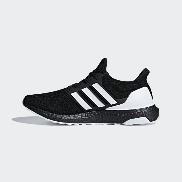 Adidas Ultraboost Core BlackCloud WhiteCarbon