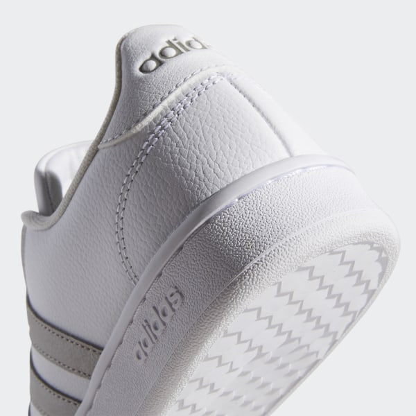 Chaussures adidas Barricade Court Taille 44 23 Blanc