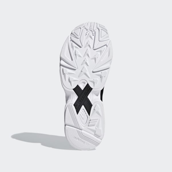 Adidas Chile 62 Shoes Size 9 Beach Shoes Black White Men Cozy