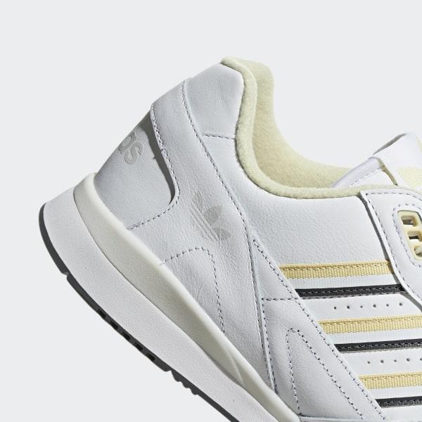 image.AlternateText   Adidas white shoes, White trainers