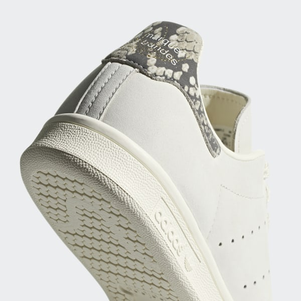 finest selection 94214 49d62 adidas Stan Smith Shoes - Beige | adidas UK