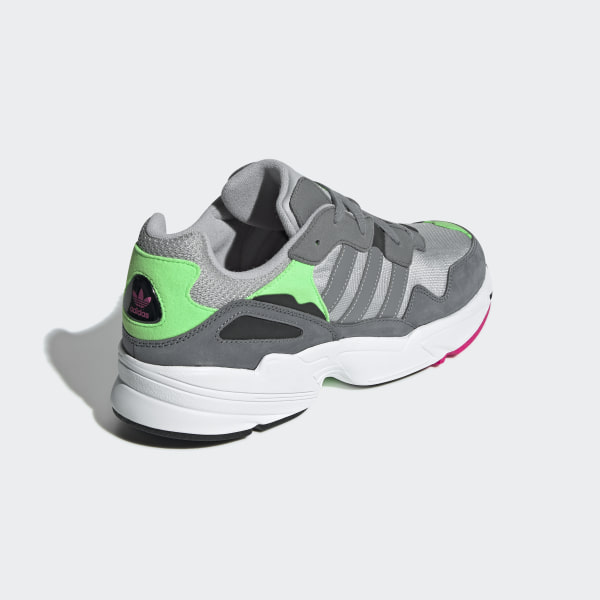 Yung-96 Shoes Grey Two / Grey Three / Shock Pink F35020