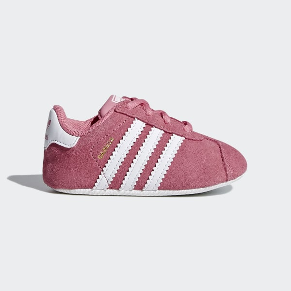 purchase cheap bb368 54a6f Gazelle Crib Shoes Chalk Pink   Ftwr White   Ftwr White CM8228