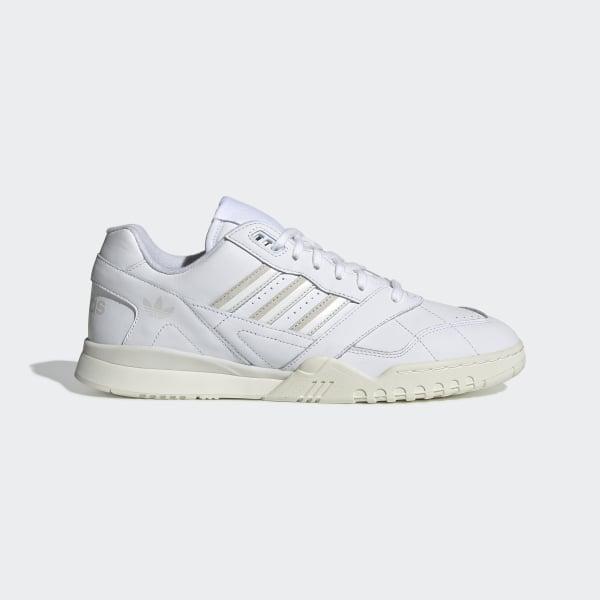 23873e71edd A.R. Trainer Schoenen Ftwr White / Raw White / Off White CG6465