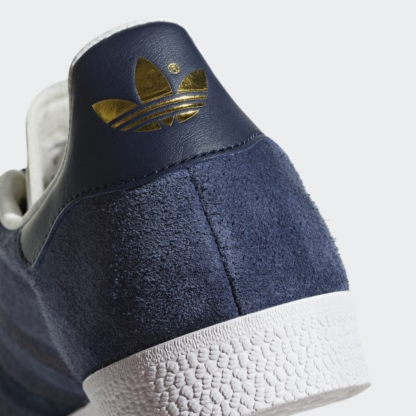 adidas gazelle 42 2/3 navy