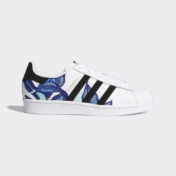 detailed look 56f28 27ee3 Superstar Shoes Cloud White   Core Black   Gold Metallic B28014