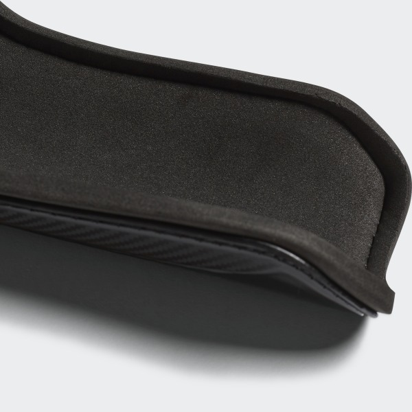 533c0537868f7c Calzettoni Guard - Nero adidas | adidas Italia