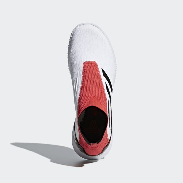 separation shoes e0a67 8c5ee Chaussure Predator Tango 18+ Ftwr White   Core Black   Real Coral CM7686