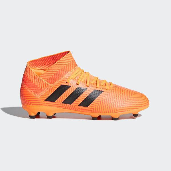 5f7d5325bde Botas de Futebol Nemeziz 18.3 – Piso Firme Zest / Core Black / Solar Red  DB2352