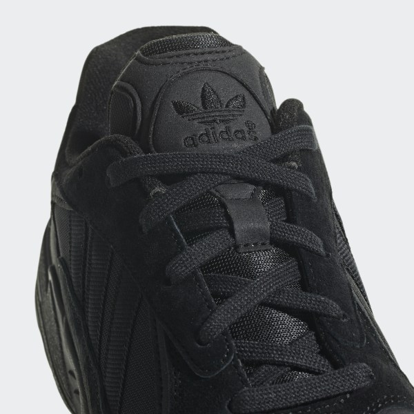 Basket Adidas BARRICADE 7 0 neuves Taille 43 Chaussures Bas