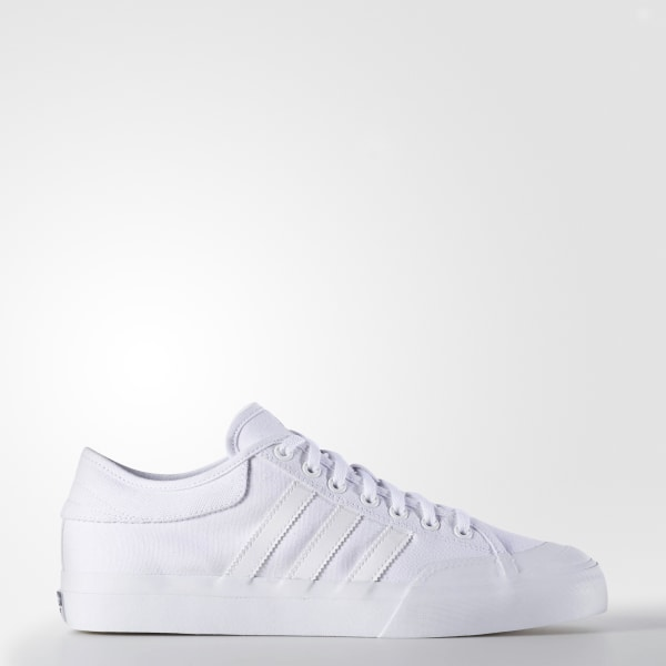buy online 26df9 c4e40 Matchcourt Shoes Footwear White   Cloud White   Cloud White F37382