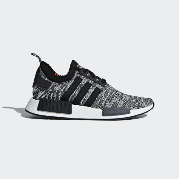 timeless design dffa4 c5093 NMD R1 Primeknit Schuh Grey   Core Black   Solar Red CQ2444