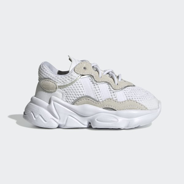 OZWEEGO Schoenen Cloud White / Cloud White / Core Black EE8294