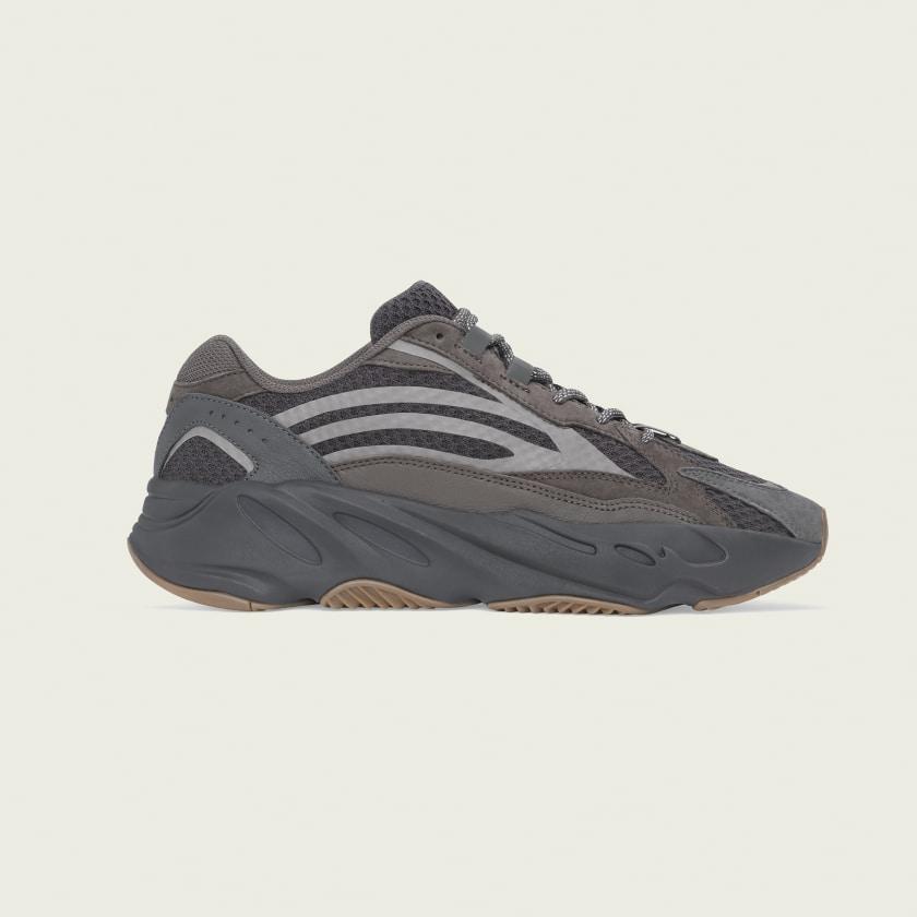 Kanye V2 Yeezy 700 Boost West Adidas IwCBgOCq
