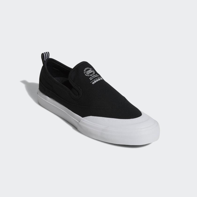 Matchcourt Slip-on ADV Shoes