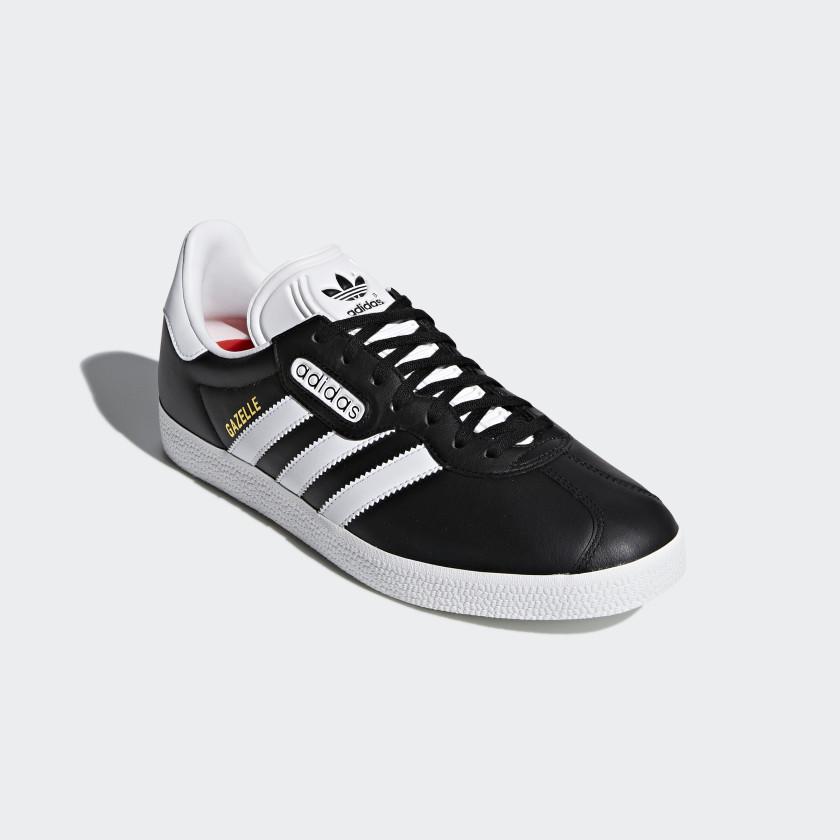 Gazelle Super Essential Shoes