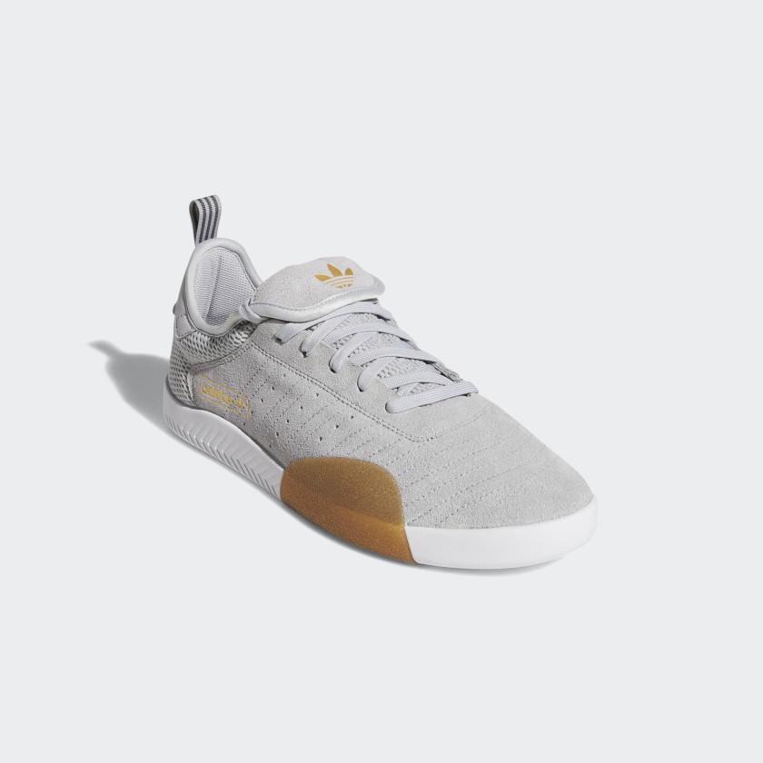 3ST.003 Shoes