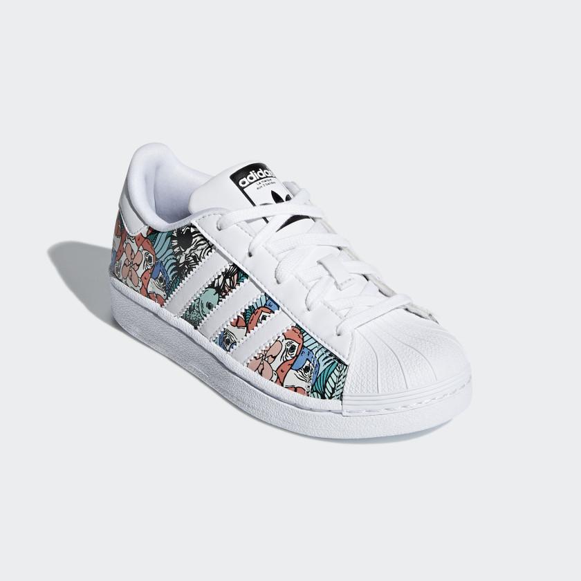 2b4915375e Adidas Superstar C Zapatillas de Baloncesto Unisex niños BA8378 Zapatos  para niño