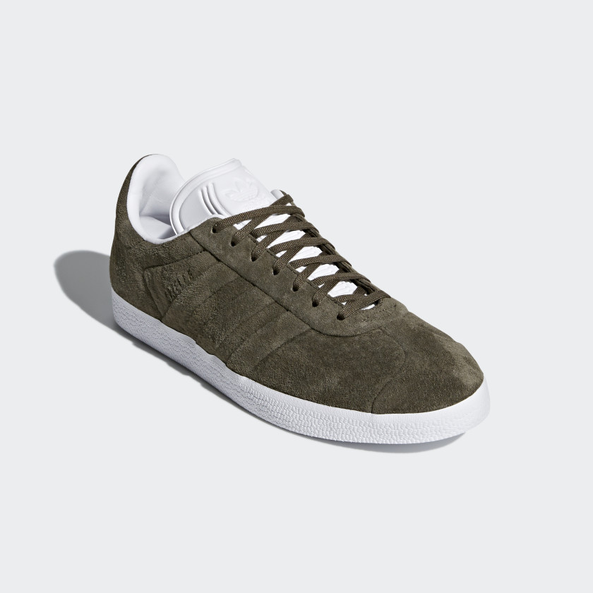 Zapatillas Gazelle Stitch and Turn