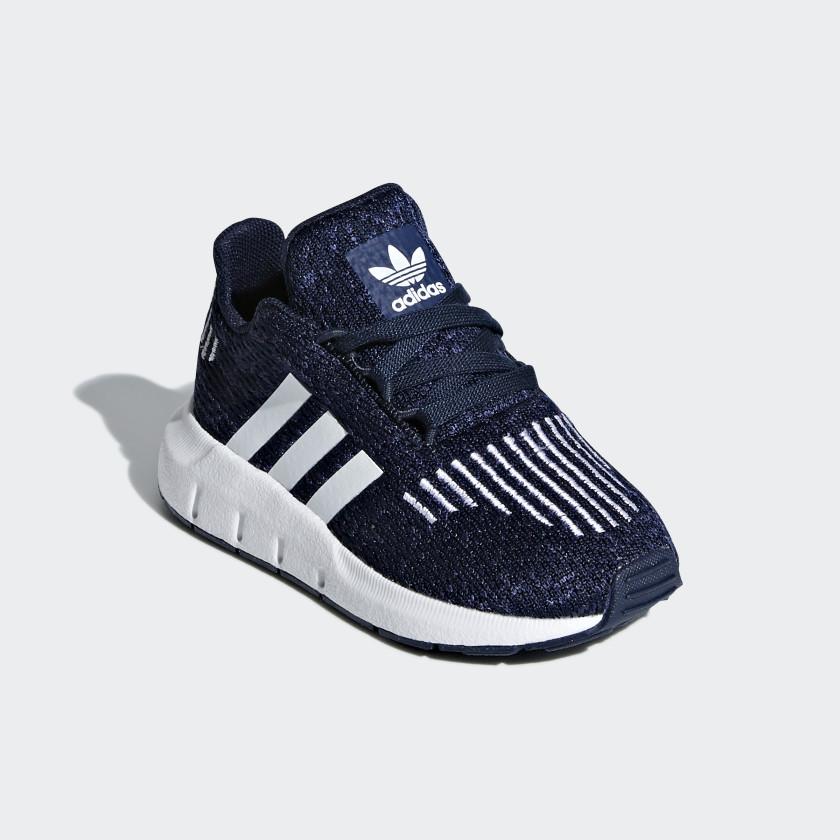 Sapatos Swift Run