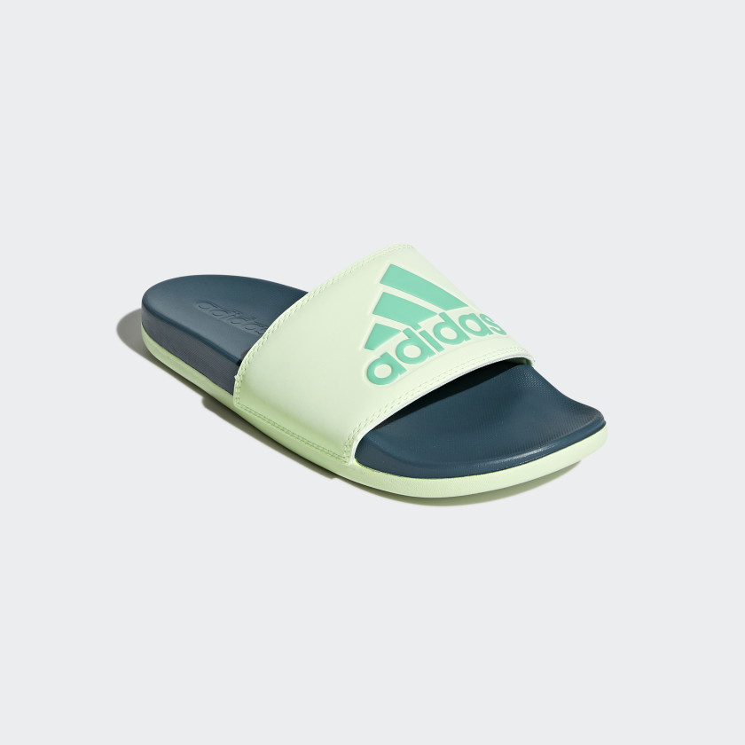 Adilette Cloudfoam Plus Logo Slides