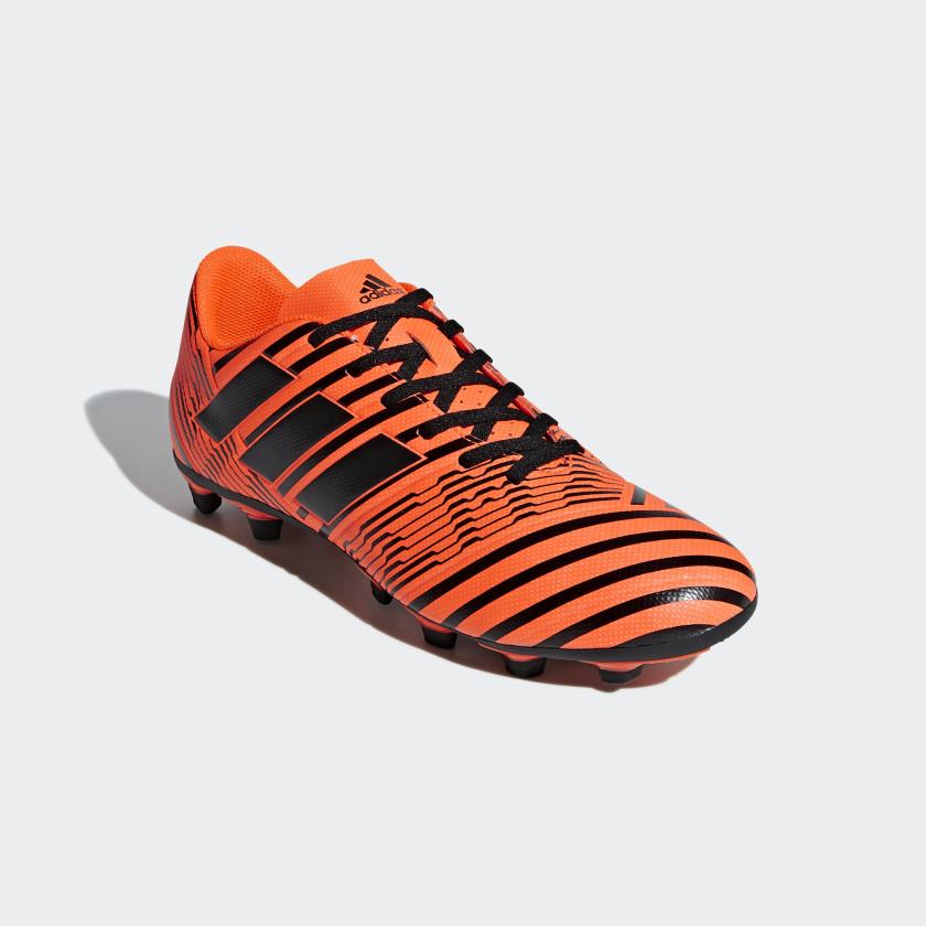 Calzado de Fútbol Nemeziz 17.4 Terreno Flexible