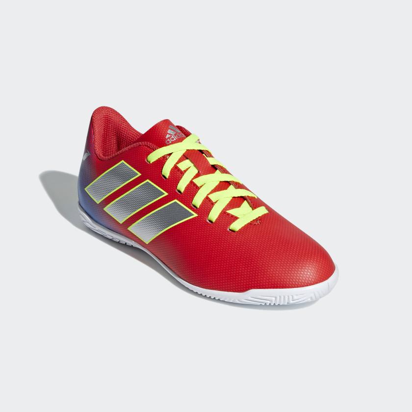 Calzado de Fútbol Nemeziz Messi Tango 18.4 Bajo Techo