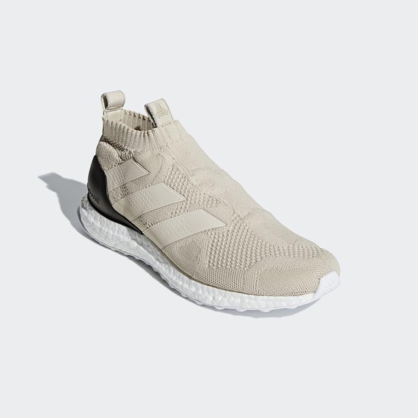 A 16+ UltraBOOST Schuh
