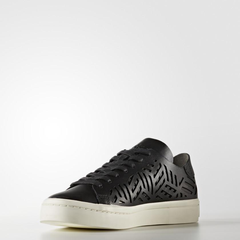 Court Vantage Cutout Shoes