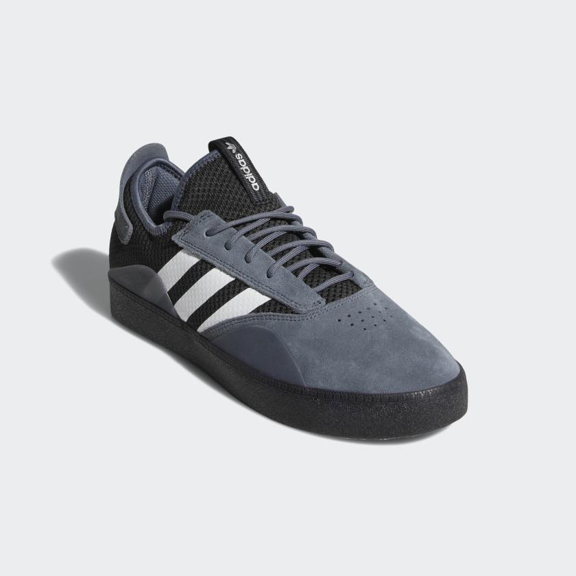 Chaussure 3ST.001