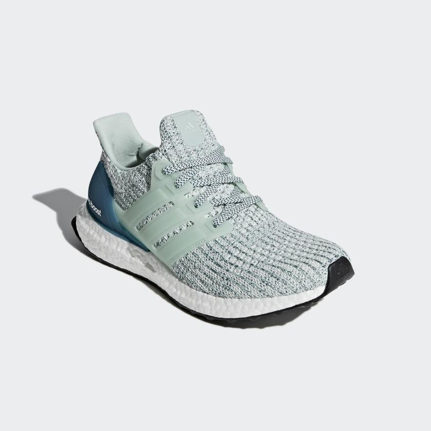 adidas Performance ULTRA BOOST - Neutral running shoes - ashgreen