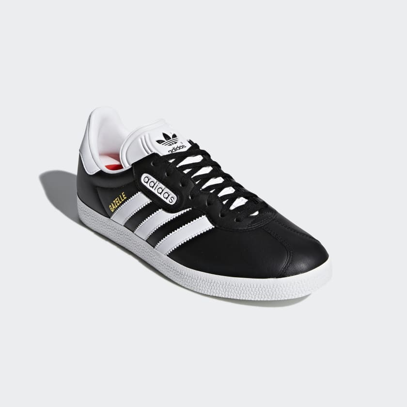 Sapatos World Cup Gazelle Super Essential