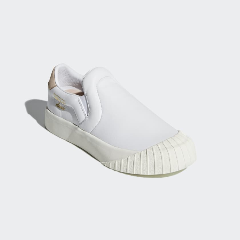 Everyn Slip-on Shoes
