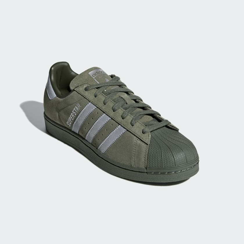 Sapatos SST