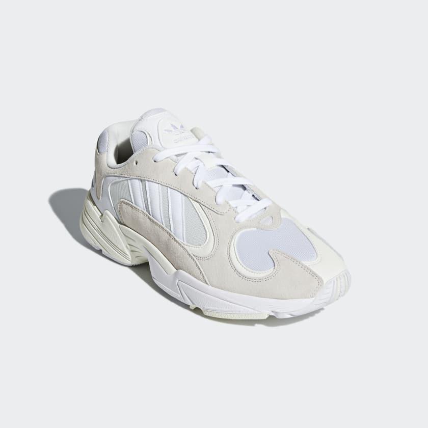 Acquista scarpe adidas yung bianche e argento | fino a OFF32