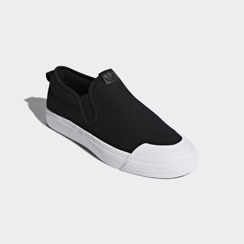 3fe876074d adidas OriginalsNIZZA SLIP ON - Slip-ons - core black footwear white  ZGlQg5Sq