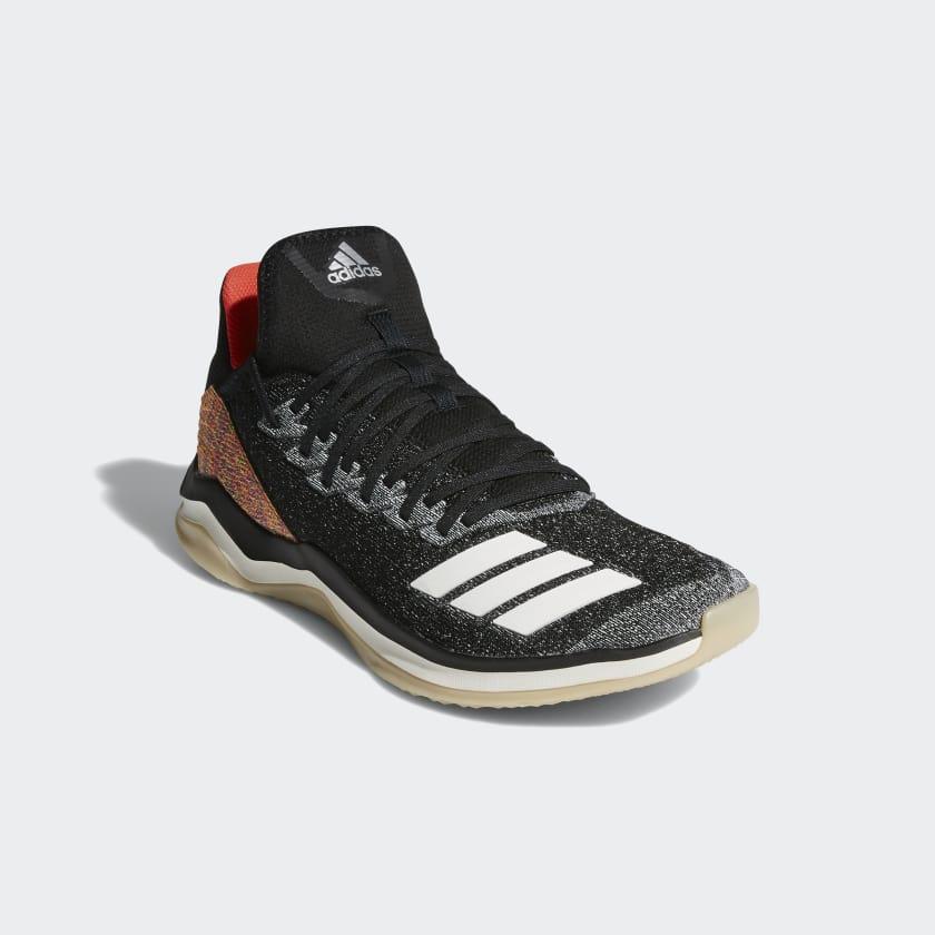 Icon 4 Turf Fusion Shoes