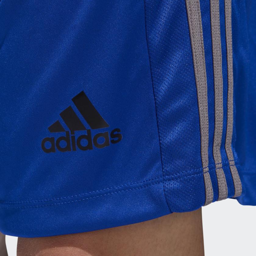 adidas-D2M-3-Stripes-Shorts-Men-039-s thumbnail 41
